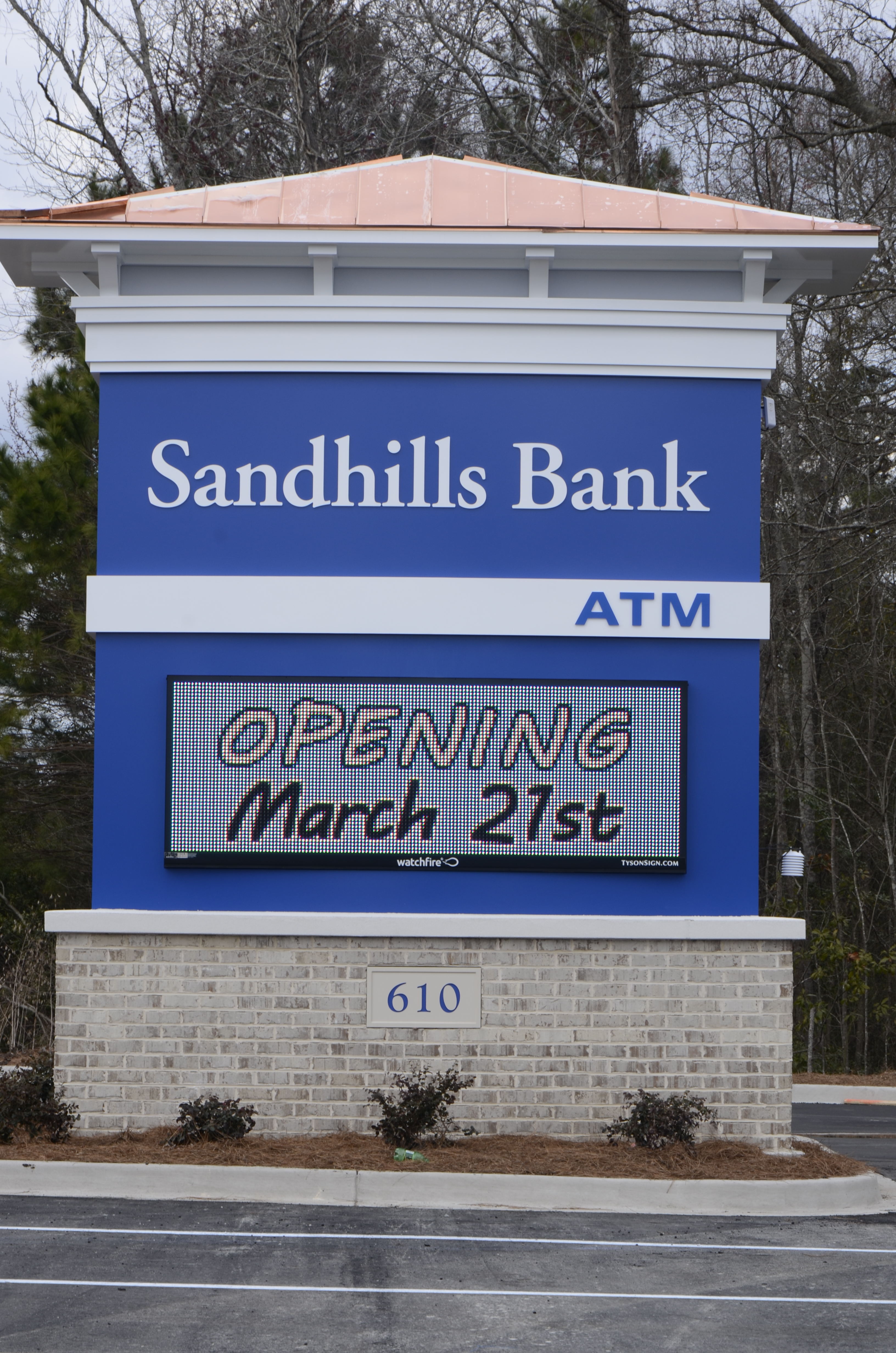 sandhills-bank-sign